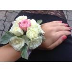 Corsaj trandafiri COR001